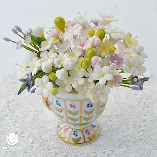Little pot of  filler flowers
