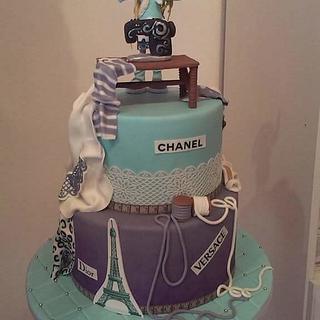 Fashion dummy and cake bag