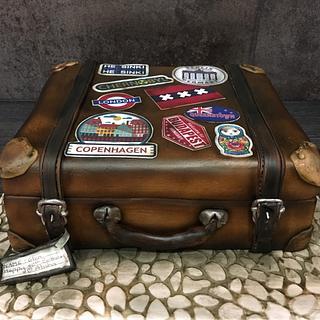 Vintage Suitcase Cake - Cake by  Sue Deeble