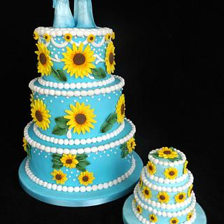 Frozen Fever - Cake by Julie Cain