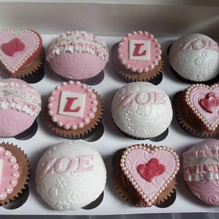Vintage hen do cupcakes - Cake by Enchanting Cupcakes hobby cakes