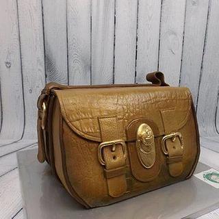 hand bag cake brown