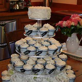 Tagged wedding cupcakes