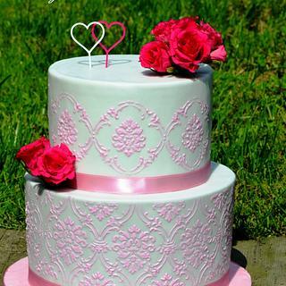 Wedding cake with stencils