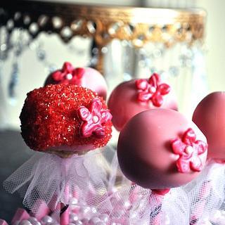 Girly Lollipop Cakes - Cake by Reem
