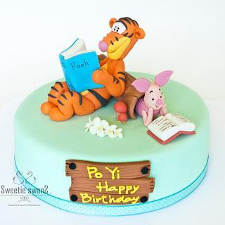 Tigger & Piglet - Cake by Phyllis Leung