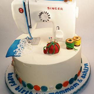 Singer Sewing Machine - Cake by Lauren Cortesi