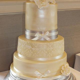 Ivory Lustred Wedding Cake