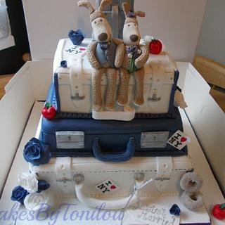 3 Tier Suitcase wedding cake - Cake by CakesByTonilou