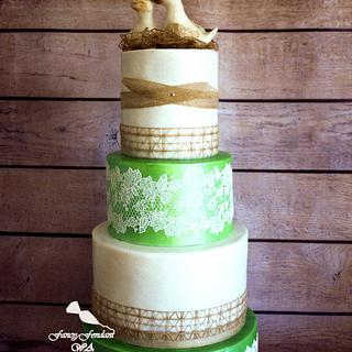 Lace & ducks wedding cake