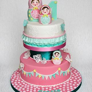 Russian Dolls and Butterflies Cake