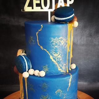Royal blue cake