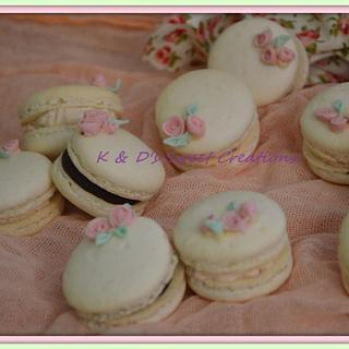Romantic macarons