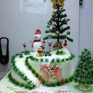 christmas cake by Opera Paris Kuwait