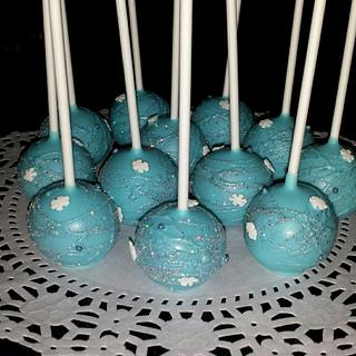 Frozen Themed Cake Pops!