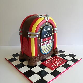 Juke Box Cake - Cake by Dani