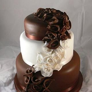3 tier chocolate and vanilla wedding cake