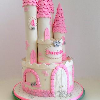 Pink Princess Castle - Cake by Nessie - The Cake Witch