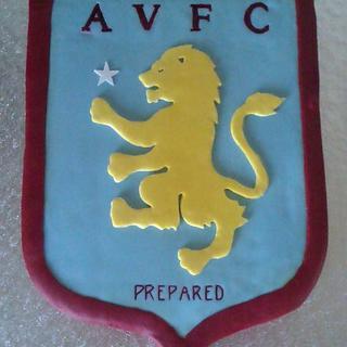 Aston Villa shield - Cake by PipsNoveltyCakes