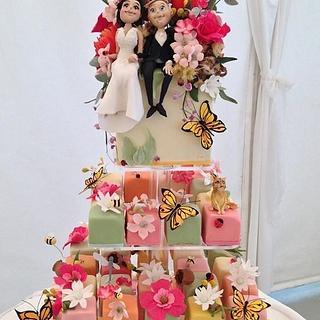 Spring wedding - Cake by Louisa Massignani