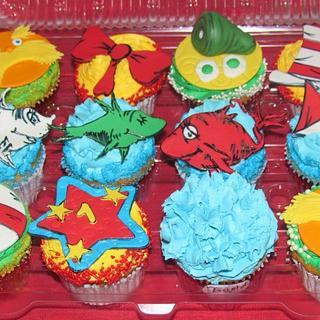 Dr Seuss Fondant Toppers - Cake by DaniellesSweetSide