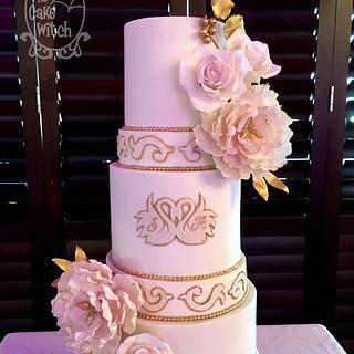 Swans Wedding Cake