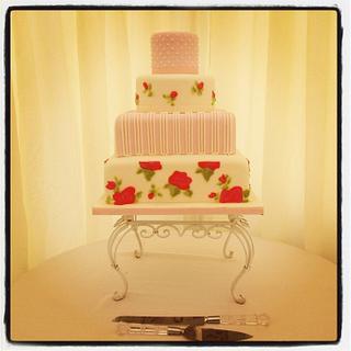 Shabby Chic Wedding Cake xx