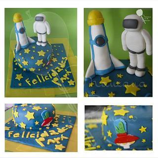 Space Cake - Cake by Yuri