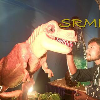 T-rex dinosaur cake