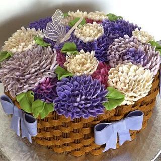 Buttercream Dahlia Cake - Cake by GrandmaTilliesBakery
