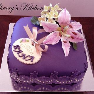 Lilly and Hydrangea Birthday cake