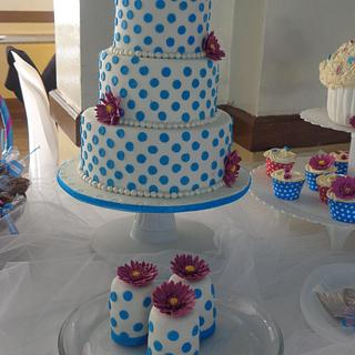turquoise polka cake