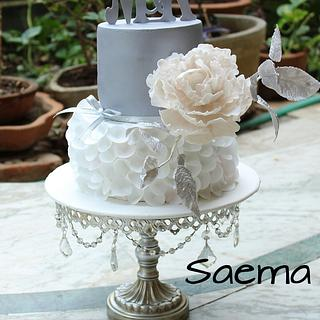 White and Silver Elegance - Cake by saema