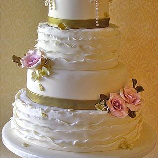 Roses & Ruffles wedding cake - Cake by Lynette Horner
