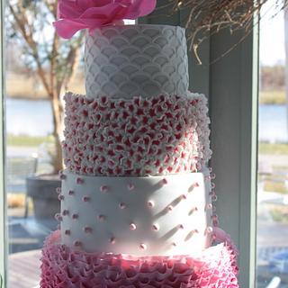Spring Wedding Cake. - Cake by Cake Your Day (Susana van Welbergen)
