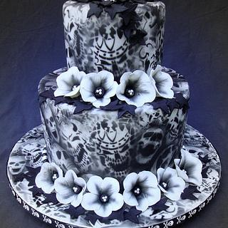 Airbrushed Skulls Cake