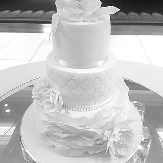 All White Wedding Cake  - Cake by Cakes Glorious Cakes