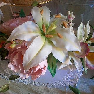 Casablanca lily - Cake by Maggie Visser