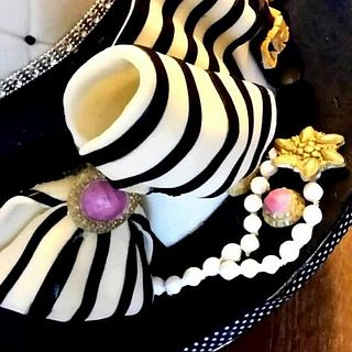 black & white - Cake by Lorna