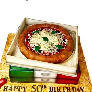 Pizza and boxes cake !