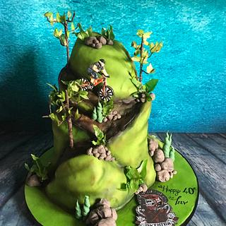 Downhill mountain bike cake  - Cake by Maria-Louise Cakes