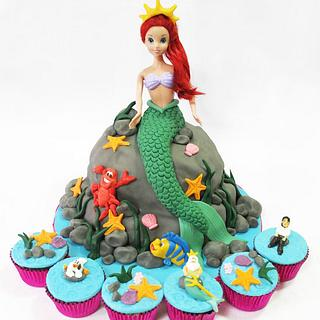 Ariel Cake and Little Mermaid Cupcakes