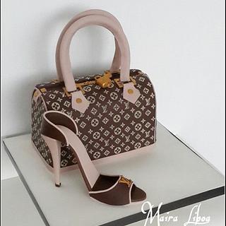 Louis Vuitton - Cake by Maira Liboa