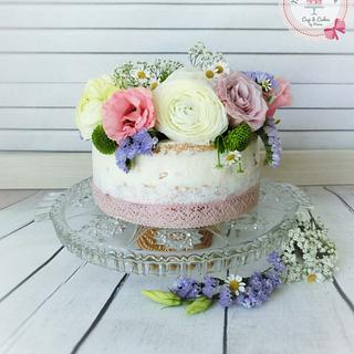 Vintage Love * my first naked cake