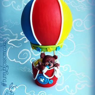Baby bear in a hot-air-balloon topper