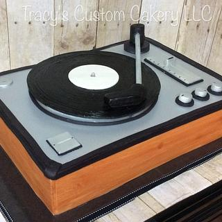 3D Record Player Cake