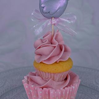Lovebird Cupcake