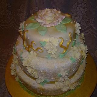 Ivory and gold stacked cake - Cake by Natasha