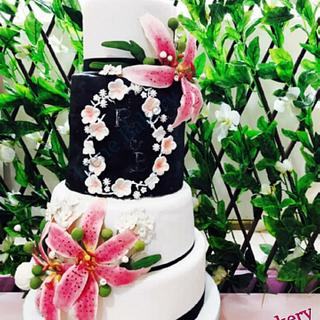 Lilium Wedding Cake