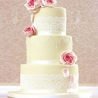 Vintage style cake with real lace